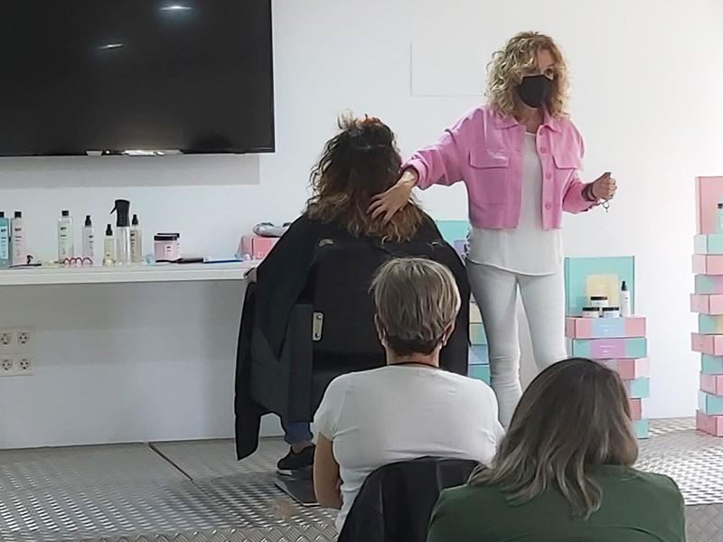 PRÓXIMAS FECHAS DE FORMACIONES PROFESSIONAL CURLY HAIR
